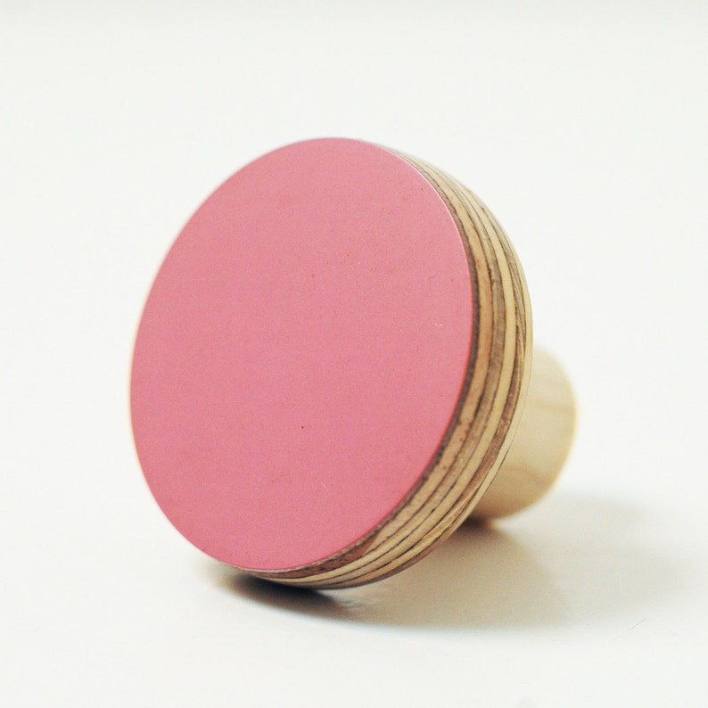 Wooden wall hooks pink color image 0