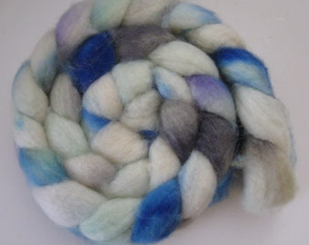 Spring bluebird Superwash BFL Wool Roving (Top) - Handpainted Spinning or Felting Fiber - 4.5  ounces