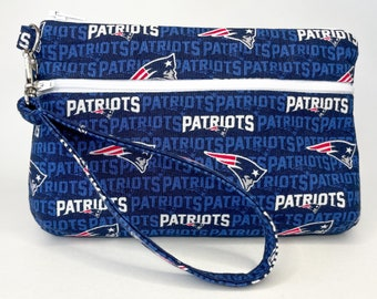 New England Patriots Small Wallet with Detachable Strap