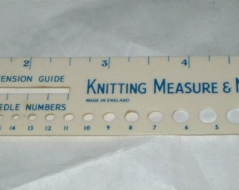 "Knitting needle gauge and measure, vintage 1930""s"