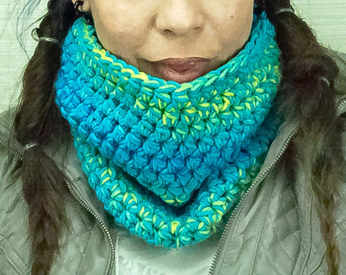 Teal and Blue Green Circle Infinity Cowl Velvet Soft Scarf