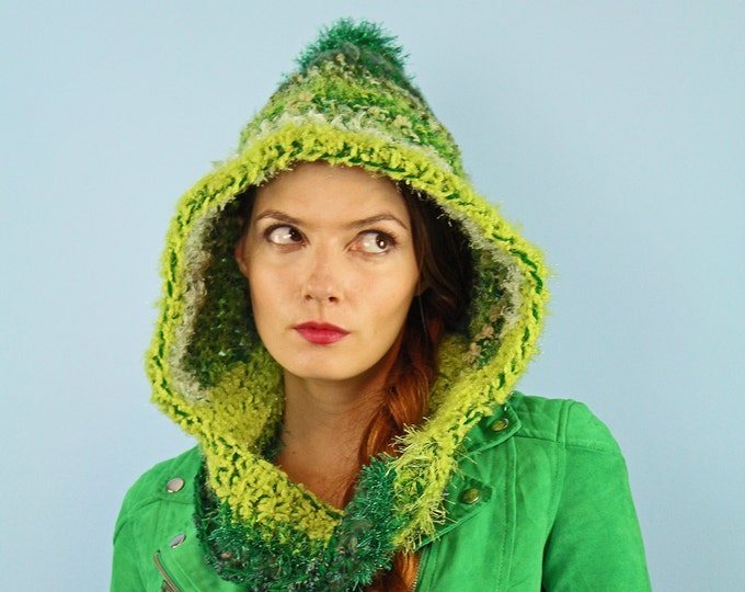 Green Hooded Scarf Mobius Skood Cowl Handmade Christmas Gift Ready to ship Girlfriend Gift