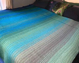 Teal Blue Green Large Knit Queen Size Throw Blanket Ombre Gradient Knit Crochet Christmas Gift for the Sofa Her Him Home Decor