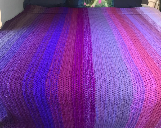 Purple Large Knit King Size Throw Blanket Ombre Gradient Knit Crochet Christmas Gift for the Sofa Her Him Home Decor