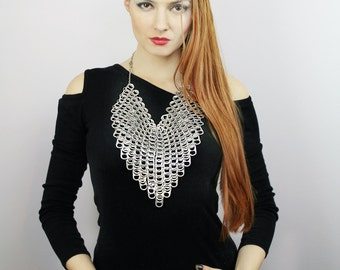 Bib Choker Chainmaille  Pop Top Necklace