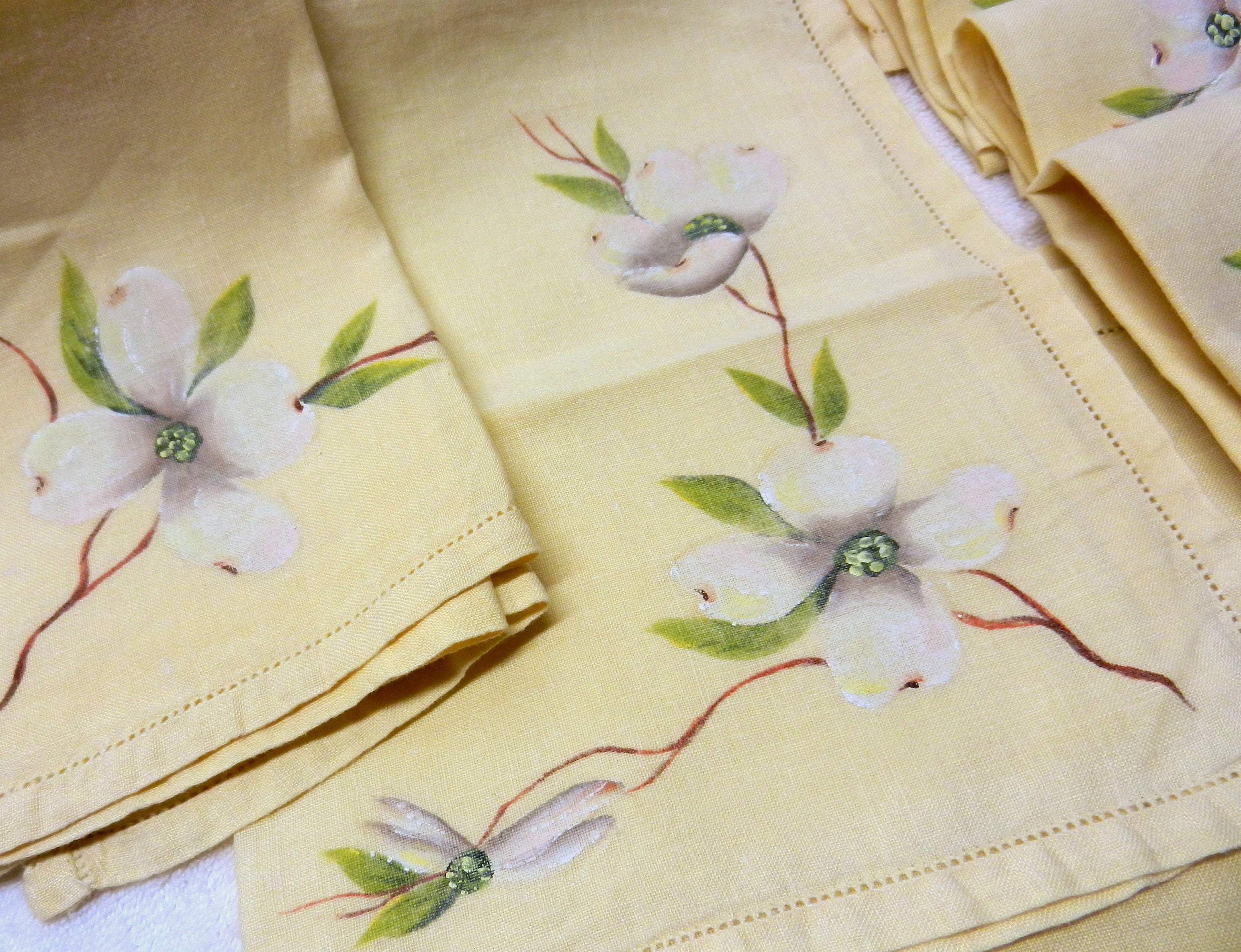 beautiful dogwood branches in large glass vase beautiful.htm vintage table linens set of 4 floral dinner napkins table etsy  vintage table linens set of 4 floral