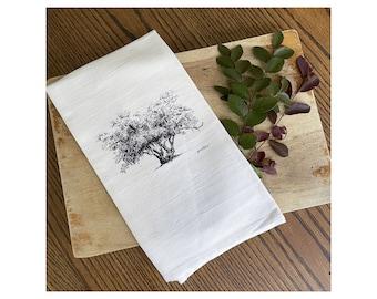 Lovers' Oak Tree - Georgia Tea Towel - 100% Cotton Flour Sack Kitchen Hand Towel