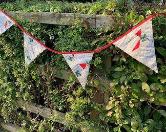 Christmas Bunting, red bias binding, Xmas banner, garland for house, garden, party & festivities, carols, washable reusable fabric bunting.