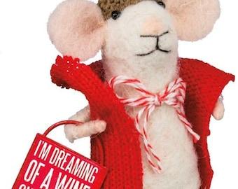 "Primitive Style Winter Sammy With Bell 4.5/"" Mouse Ornament Shelf PBK"