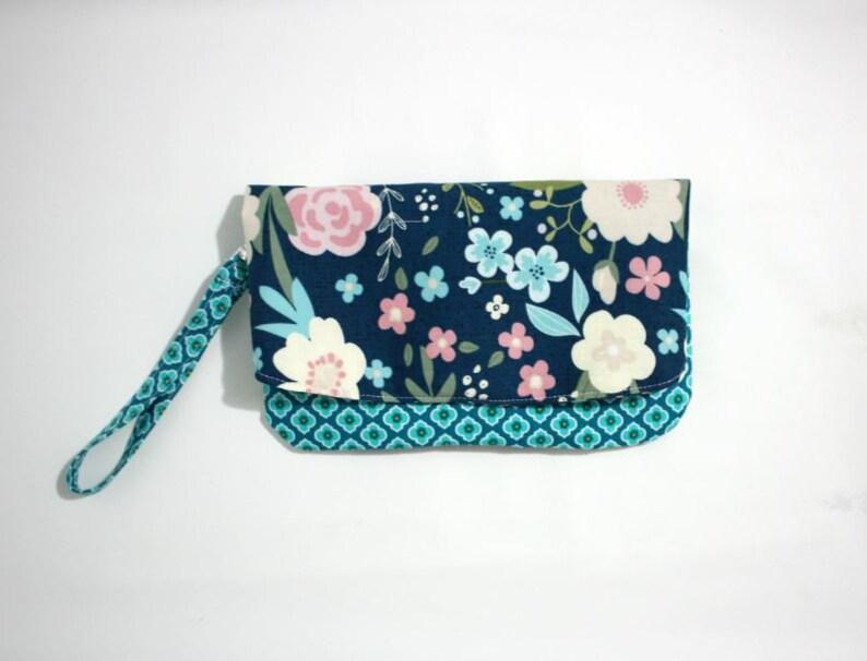 Foldover Clutch Wristlet PurseFoldover Bag Wristlet Bag image 0