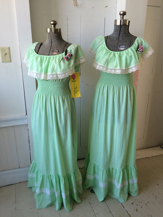 1970s Green Bohemian Hippie Peasant Bridesmaids PE