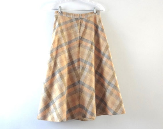 Vintage Plaid Skirt M | 1970s Tan & Gray Wool Plaid Full Skirt | Fall Winter Fashion | 70s Wool Skirt