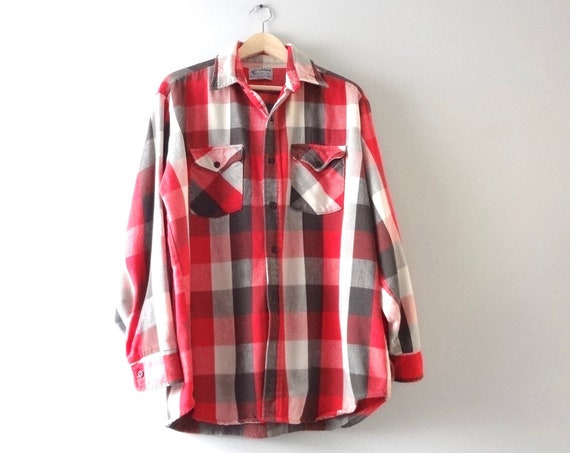 Vintage Flannel Shirt XL | 1970s Red White Black Plaid Mens Flannel Shirt Grunge XLarge | 70s Fall Flannel