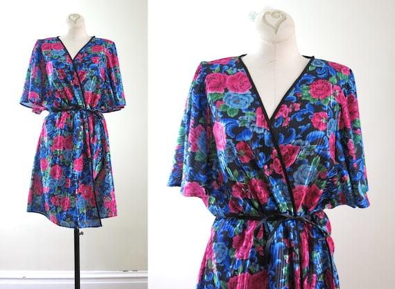 Vintage 1990s Floral Satin Robe M/L