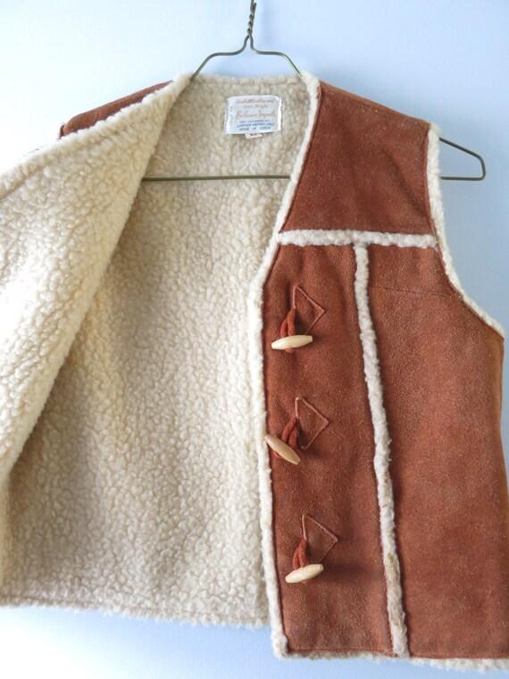 Vintage 70s Suede Vest M   1970s Brown Suede Cowh… - image 6