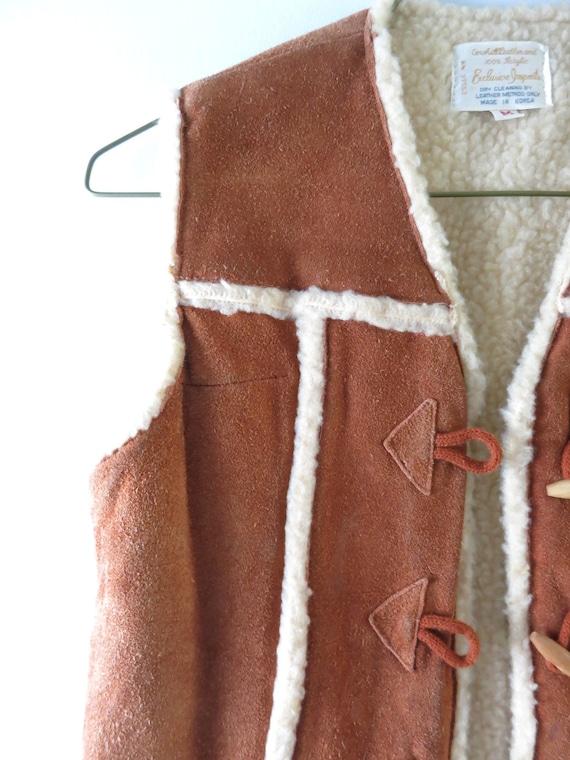 Vintage 70s Suede Vest M   1970s Brown Suede Cowh… - image 4