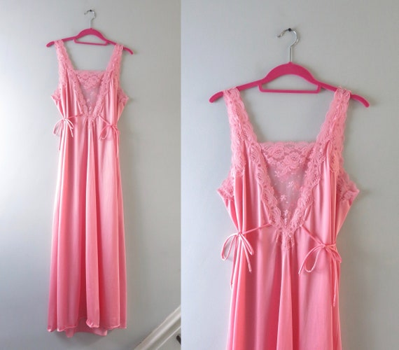 1980s Pink Lace Inset Nylon Gown M