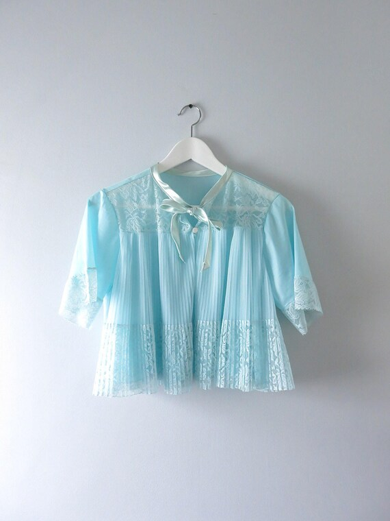 Vintage Bed Jacket | 1950s Blue Tricot Nylon Pleat
