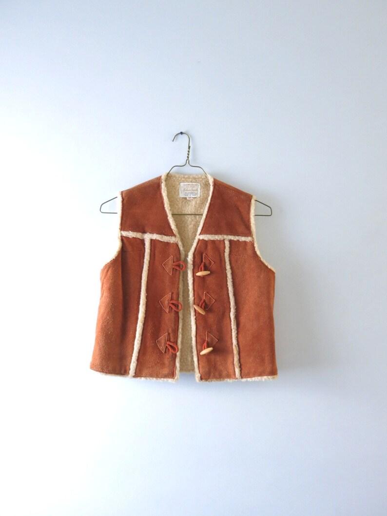 Vintage 70s Suede Vest M  1970s Brown Suede Cowhide Vest image 0