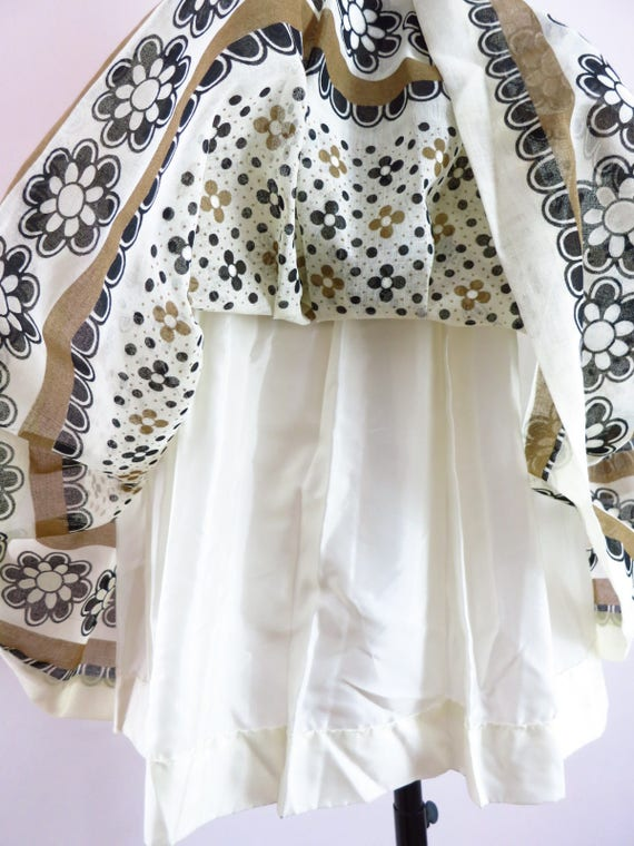 Vintage 60s Summer Day Dress M Deadstock - image 9
