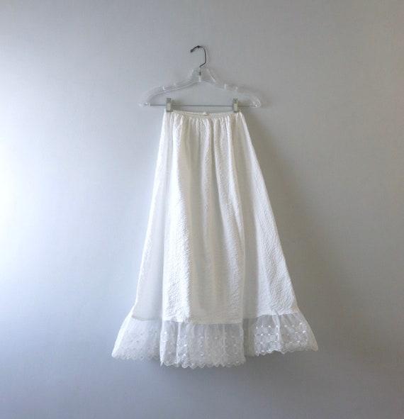Vintage 1960s White Seersucker Petticoat XS/S
