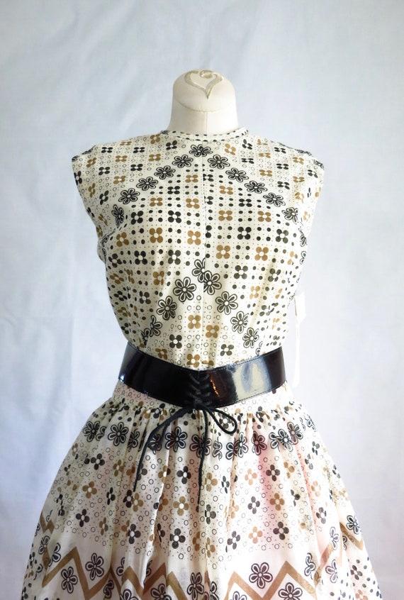 Vintage 60s Summer Day Dress M Deadstock - image 3