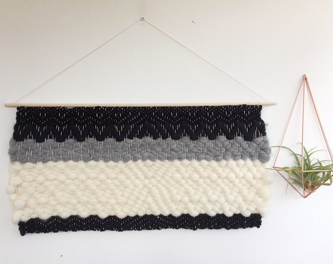 Blk/Wht/Gry Woven Wooly Banner