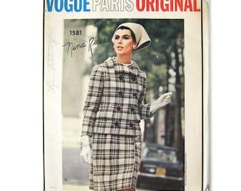 1966 Vintage Vogue Paris Original 1581, Slim Wrap Style Skirt, Suit and Blouse, Nina Ricci Design, That Girl, Vintage Sewing Pattern / UNCUT