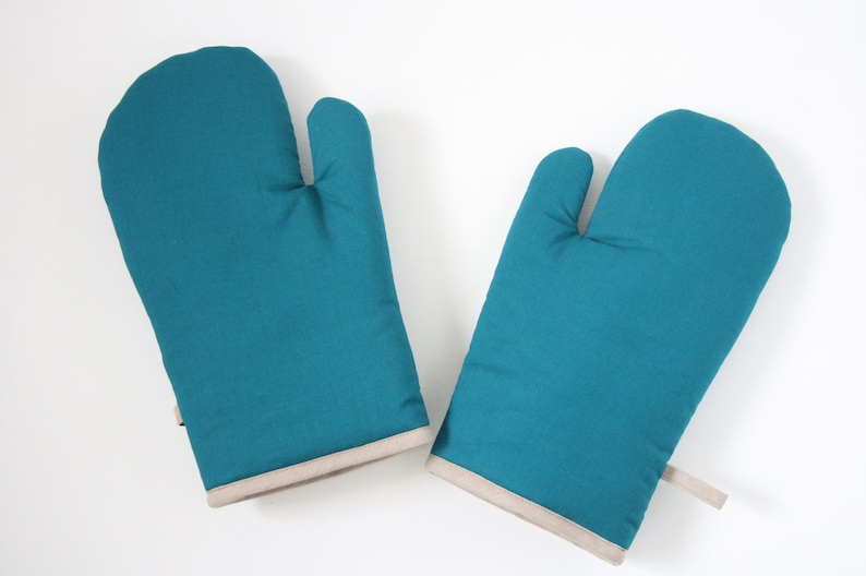 Petrol oven gloves image 0