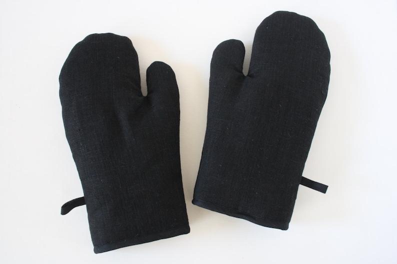 Black linen oven gloves image 0