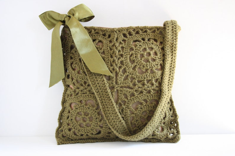 Crochet shoulderbag Olga image 0