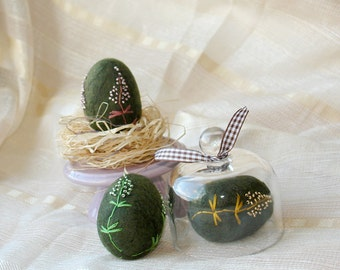 Wool Easter Eggs, Green Moss Felt Eggs, Embroidered Easter Eggs, Table Decoration, Decoration For Photoshoot, Home decor, felt Easter eggs