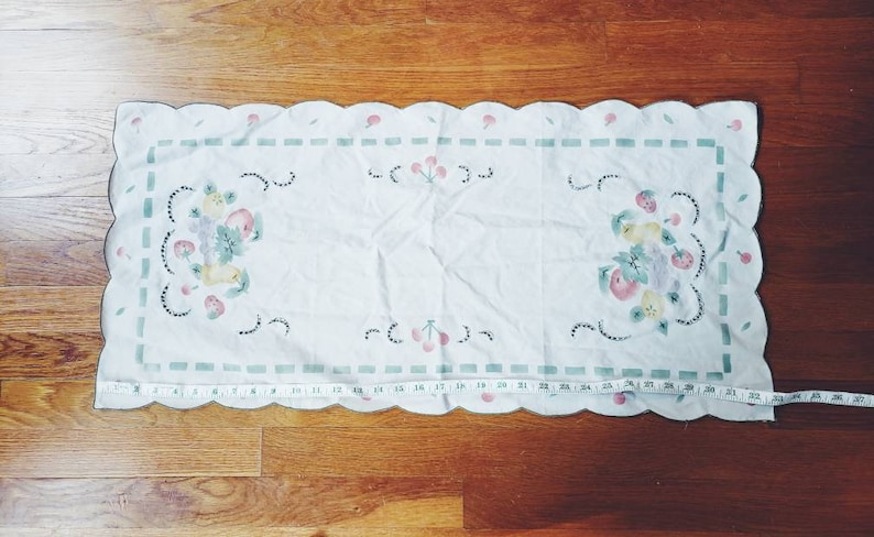 Mid Century Painted Fruit Farm Country Table Runner
