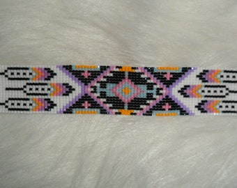 MAPIYA Beaded Cuff Bracelet