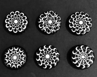 Vortex Illusion - Single or Set of 6 Upcycled bottle cap magnets, Hand Painted Dot Art Mandala