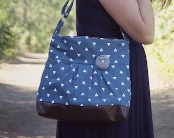 Handbag, Crossbody Purse, Messenger Bag, Medium Faux Leather Bag, Navy Purse, Triangle Handbag, Vegan Leather, Pleated Purse, Navy and White