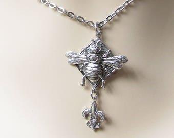 Bee necklace silver Art Deco bee necklace Honey bee necklace fleur dis lie
