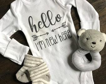 Hello! I'm New Here Onesie - Newborn Outfit - Homecoming Onesie - Baby Shower Gift - Boy or Girl Onesie