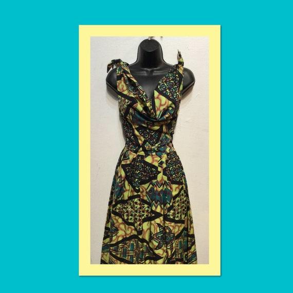 Vintage 1950s Hawaiian cotton dress.