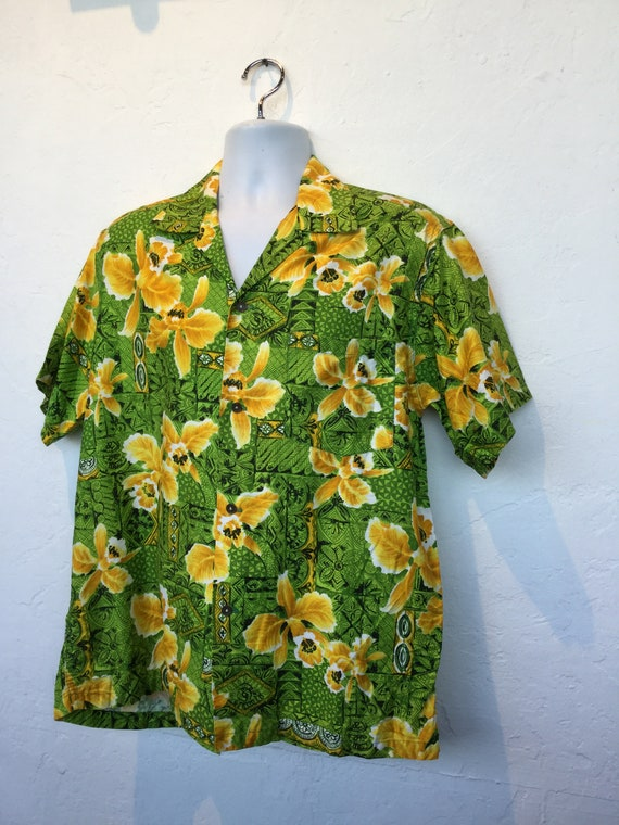 Vintage 1960s cotton Hawaiian shirt. - image 3