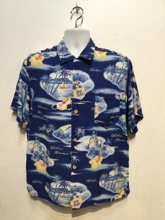 Vintage 1950s rayon Hawaiian shirt. Size large - image 6