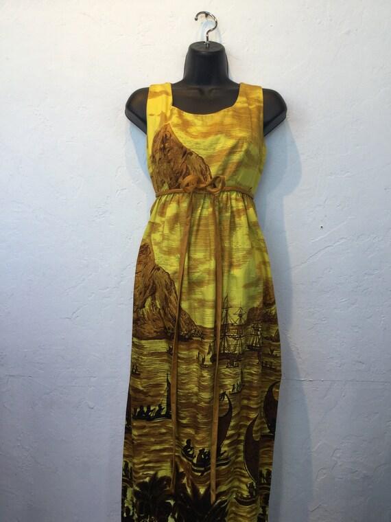 """Vintage 1960s Hawaiian cotton dress. 26"""" waist - image 2"""
