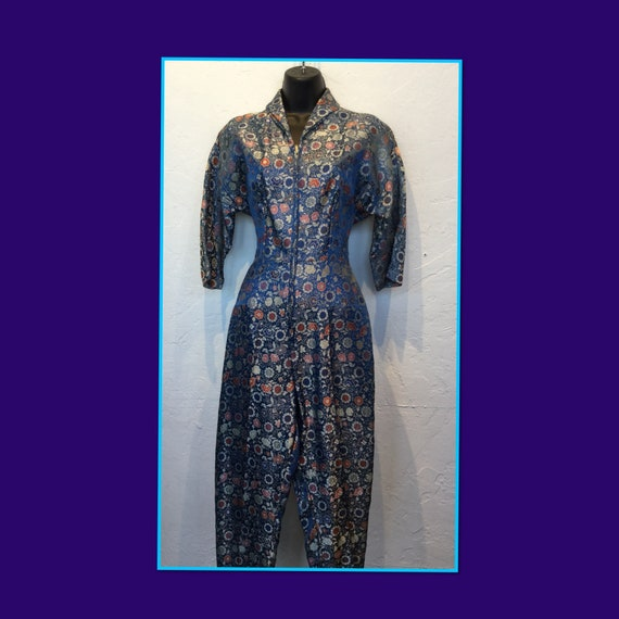 Amazing !!! Vintage 1950s Asian print jumpsuit/rom