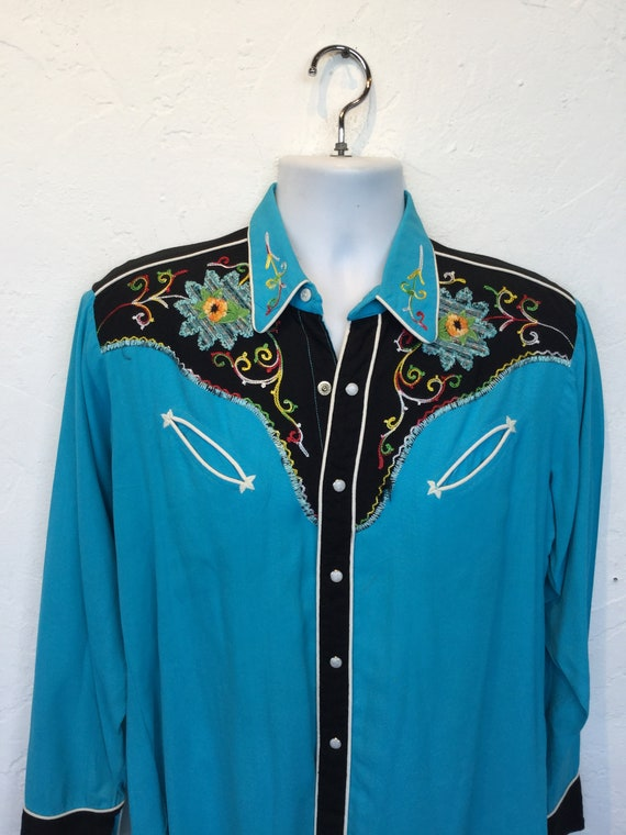 1950s vintage two tone embroidered western shirt. - image 5