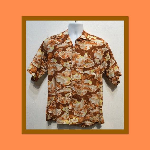 Vintage 1940s/50s cotton Hawaiian shirt.