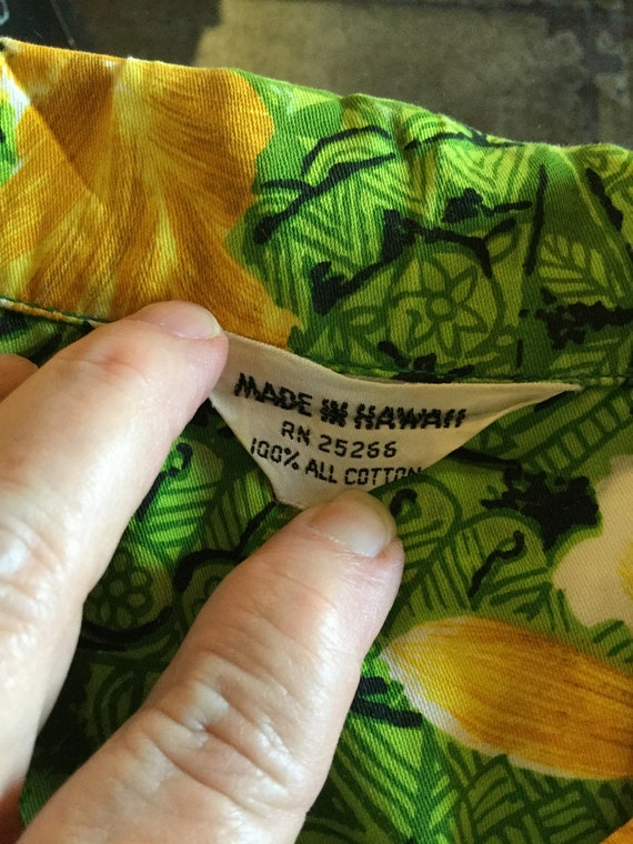 Vintage 1960s cotton Hawaiian shirt. - image 8