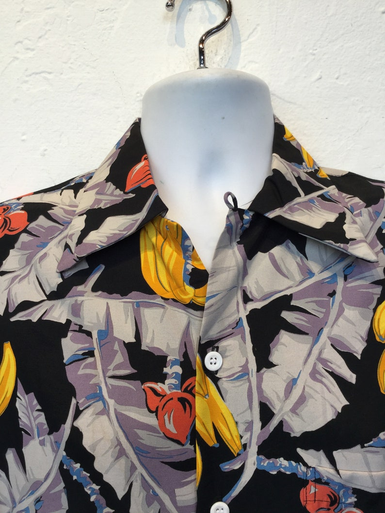 Size small /& large 1940s vintage reproduction Hawaiian shirt by Kona Bay