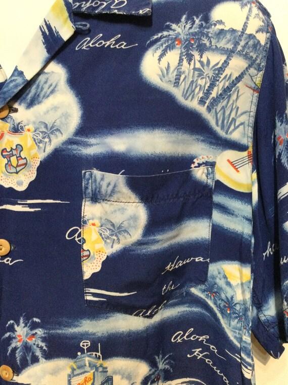 Vintage 1950s rayon Hawaiian shirt. Size large - image 9