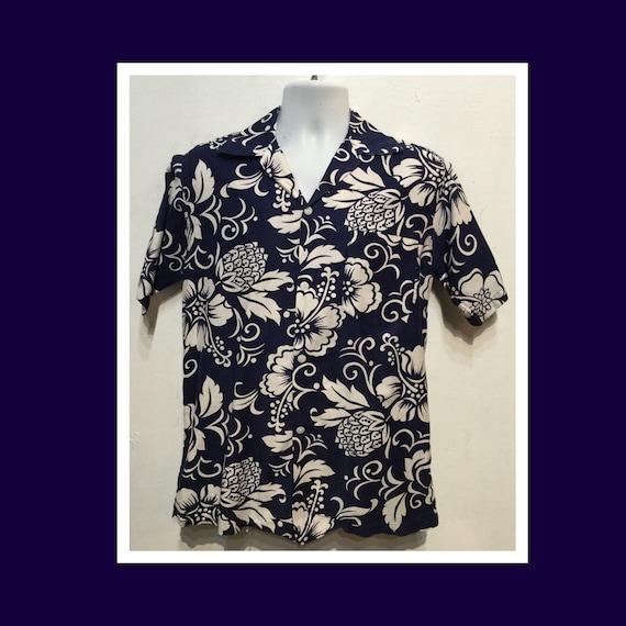 Vintage 1950s Hawaiian shirt