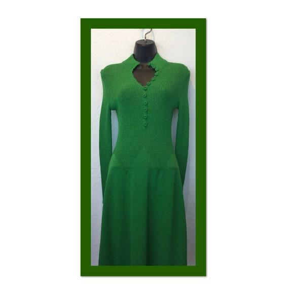 Vintage 1960s/70s knit dress